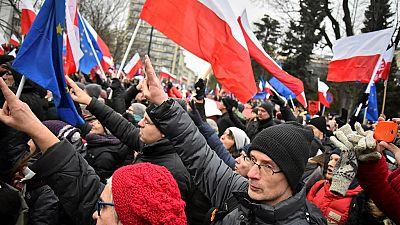 Pologne : la crise politique s'amplifie