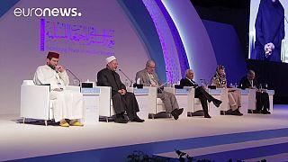 منتدى تعزيز السلم بأبو ظبي...دعوة الى التسامح بين الأديان