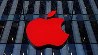 """13 Milliarden Euro Illegale Beihilfe oder """"politischer Mist""""? Apple und Irland gegen EU-Kommission"""