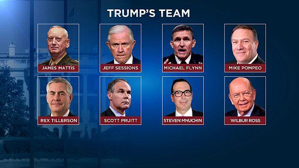 Trumps Team: Ein Rudel scharfer Hunde