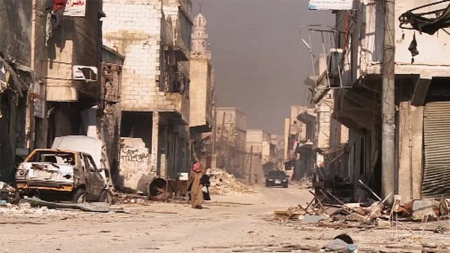 Syrian army urges rebels to speed up Aleppo evacuation