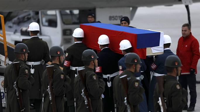 Turquía despide con honores al embajador ruso asesinado en Ankara