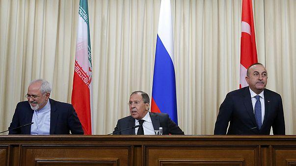 """Россия, Турция и Иран готовы стать """"гарантами"""" перемирия в Сирии"""