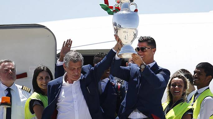Portugal's Euro-winning coach honoured in Athens