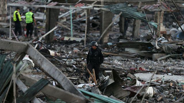 Une explosion ravage le marché de feux d'artifices de Tultepec, au Mexique