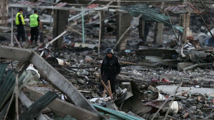 Мексика: мощный взрыв на фабрике пиротехники