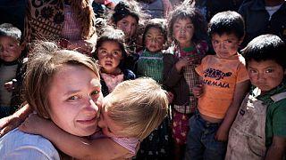"""""""Milhares"""" vão caminhar da Europa até Alepo pela paz na Síria"""