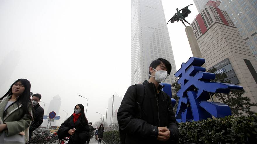 Beijing blanketed in hazardous smog for fifth day