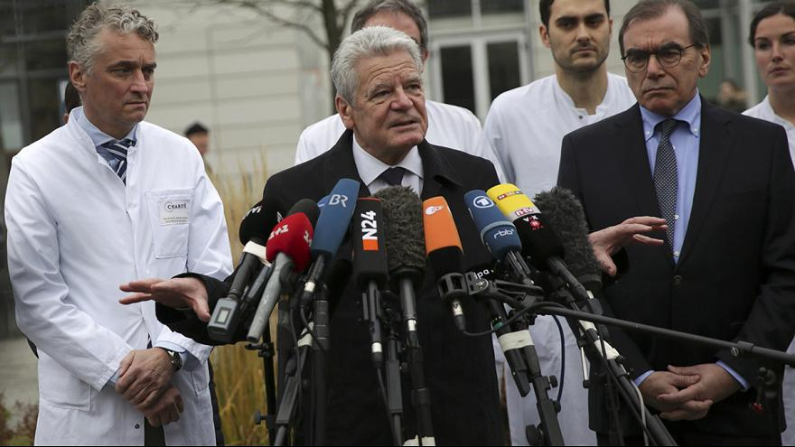 Germania: Gauck in visita ai feriti