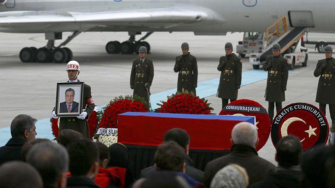 Gülen suikastin arkasında olduğu iddialarını reddediyor