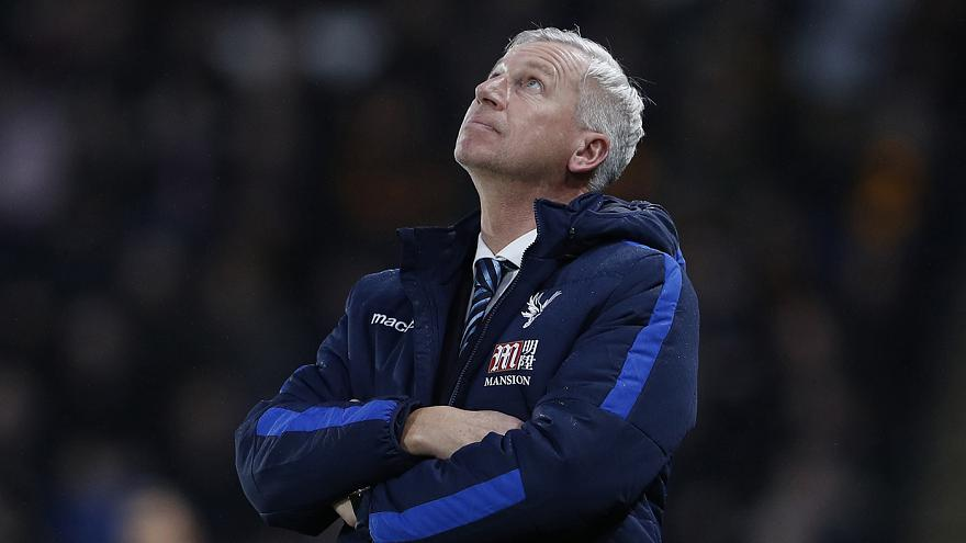Kirúgták a Crystal Palace edzőjét