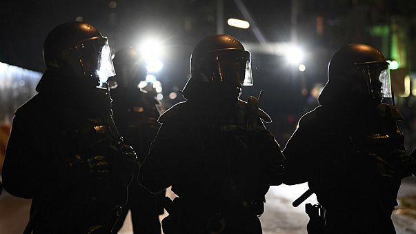 Dos detenidos en Duisburgo, sospechosos de preparar un atentado contra un centro comercial