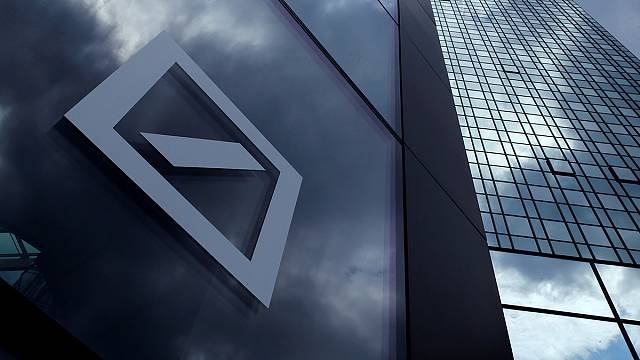 """""""دويتشه بنك"""" يوافق على دفع 7.2 مليار دولار لتسوية وضعه مع القضاء الأميركي"""