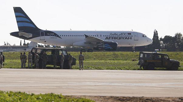 Libysches Flugzeug vermutlich entführt