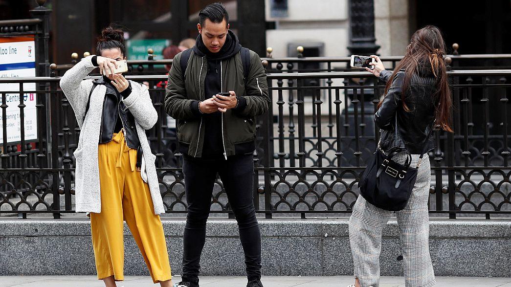 """""""Mannequin Challenge"""", le phénomène web à la mode"""