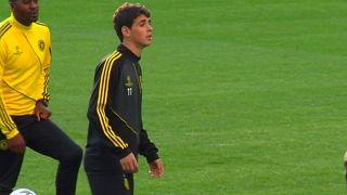 Óscar deja el Chelsea para jugar en China