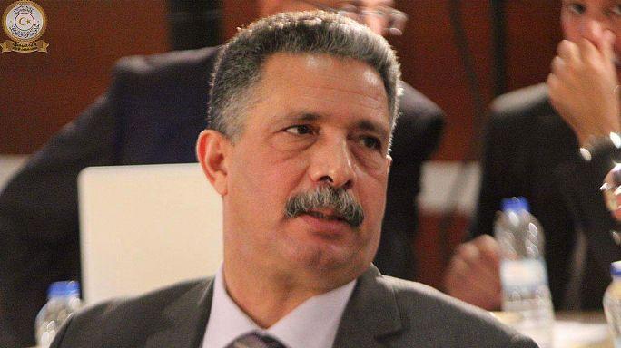 """معتوق، وزير النقل الليبي: اختطاف الطائرة هو """"اختراق امني في المطار"""""""