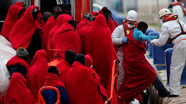 Record 5,000 migrants drown in Mediterranean in 2016