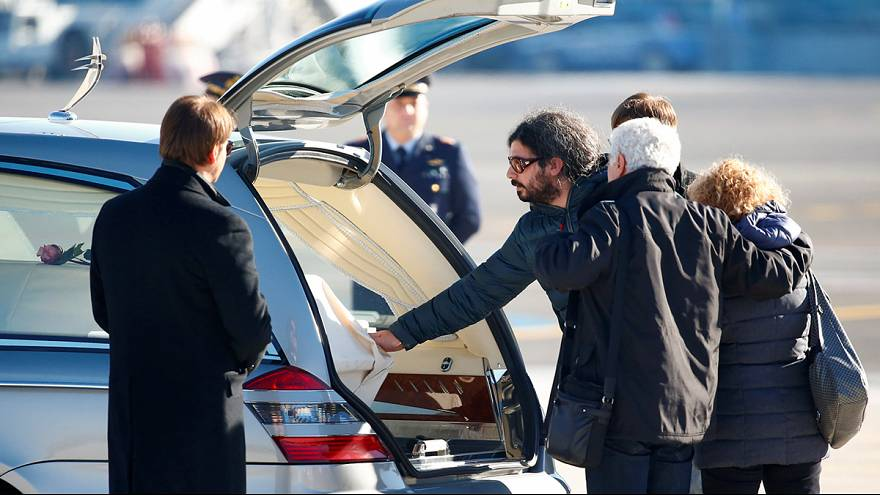 Berlin'de öldürülen İtalyan vatandaşının cenazesi Roma'da