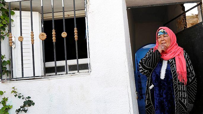 A terroristák ellen tüntettek Tunéziában