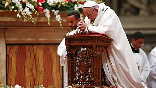 """Pope Francis says Christmas """"taken hostage"""" by materialism at Christmas Mass"""