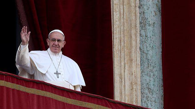 """Urbi & Orbi : le pape veut que les armes se taisent dans """"la Syrie martyrisée"""""""
