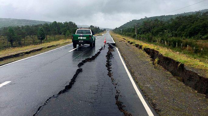 Chile déli részén erős földrengés volt, cunami riadót rendeltek el