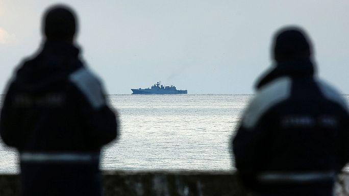 Mar Negro: Autoridades russas recuperam cadáveres e continuam a busca pelas caixas negras do Tu-154