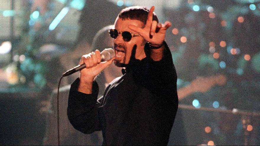 Tributes pour in for George Michael after he dies at 53