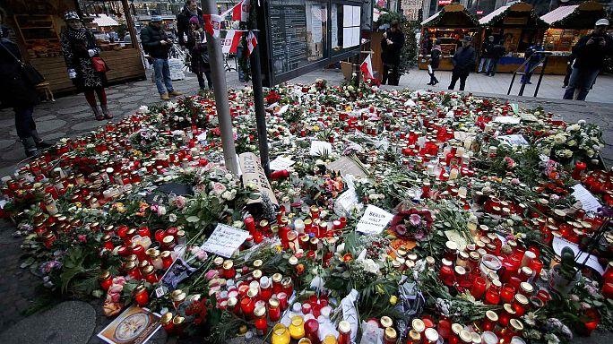 Strage di Berlino: Amri ripreso a Lione, in Italia i funerali di Frabrizia