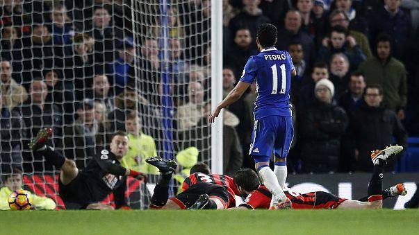 Őrzi előnyét a Chelsea
