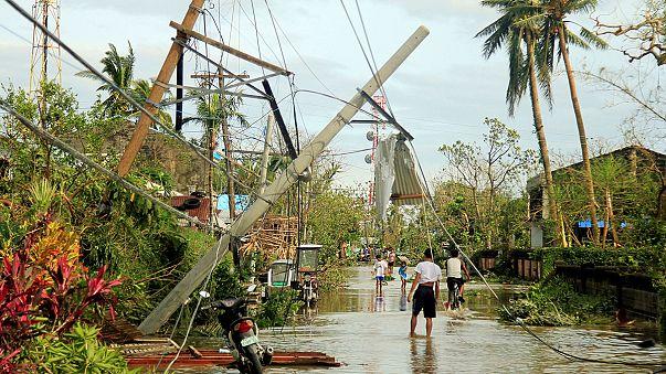 Al menos cinco muertos y ocho desaparecidos en Filipinas por el tifón Nock-Ten