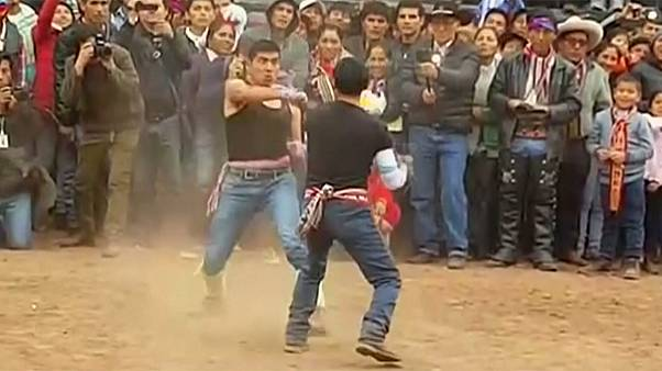 Takanakuy: Peruvian fight club festival to solve disputes before the New Year