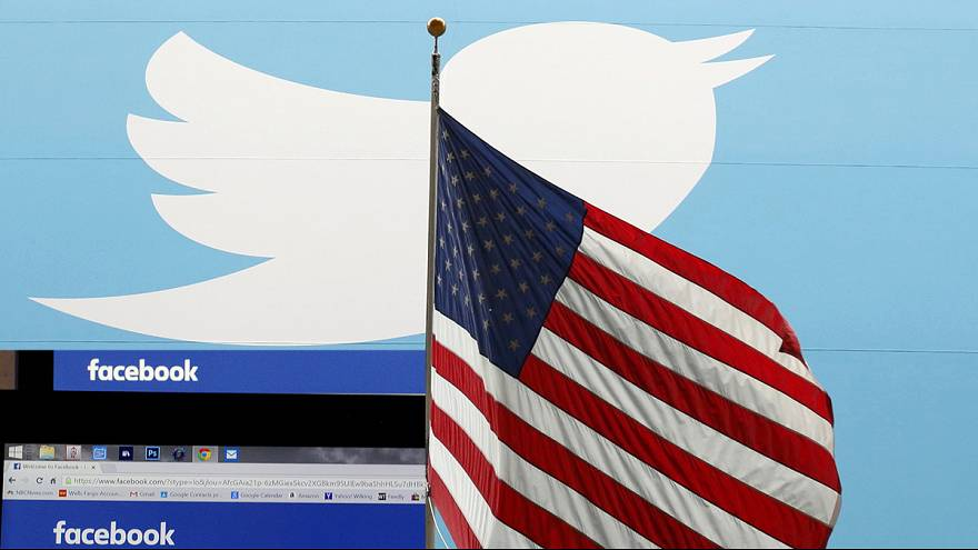 US to check social media posts before allowing visitors entry