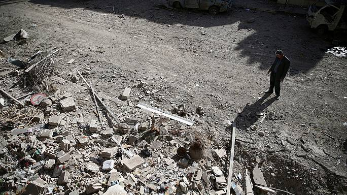 قصف مكثَّف على حلب الغربية وبرَدَى... وحديث عن اتصالات بين دمشق والمعارَضة