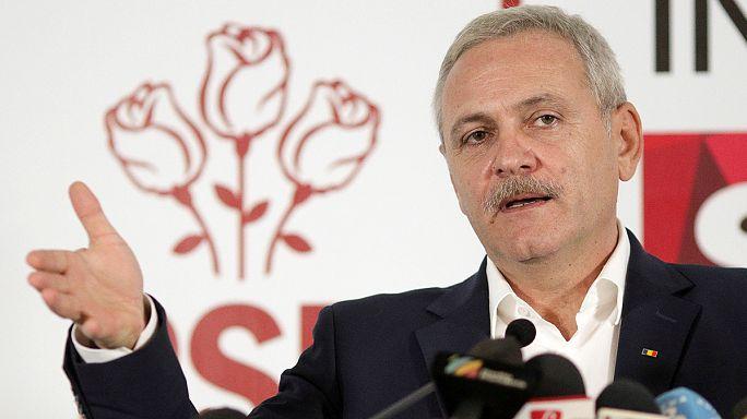 رومانيا: الحزب الاشتراكي الديموقراطي يهدد بدراسة آلية لعزل الرئيس
