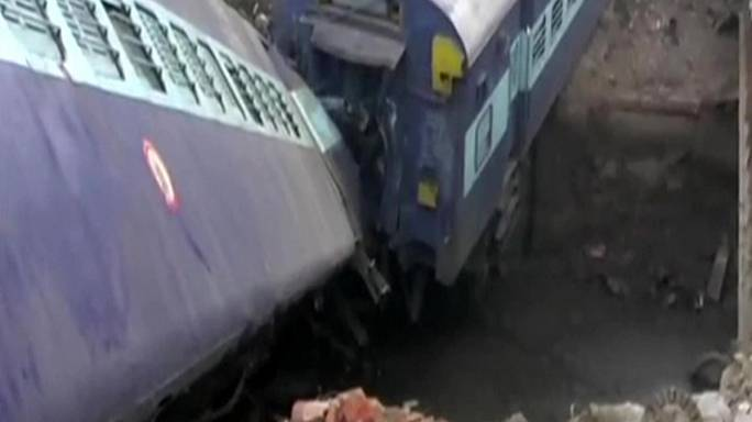 Indian train derails near Kanpur - Two dead