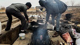Iran: des tombes transformées en habitations