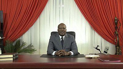 Le président burkinabé se plie aux questions des internautes
