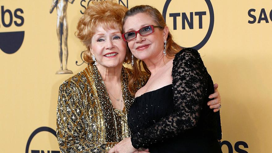 Homenagens conjuntas a Debbie Reynolds e Carrie Fisher