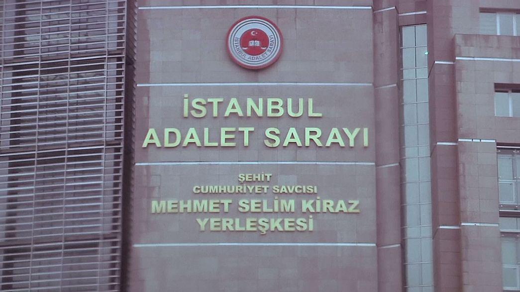 Turquie: ouverture du procès de neuf journalistes