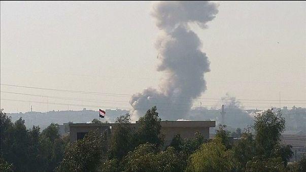 Iraque e EUA intensificam ataques aéreos em Mossul