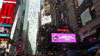 Nouvel An : test de confettis détrempés à Times Square