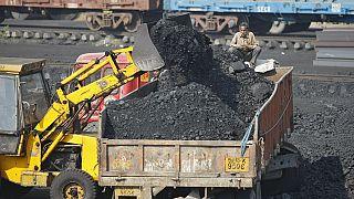 Inde : cinq morts et de nombreux disparus dans une mine