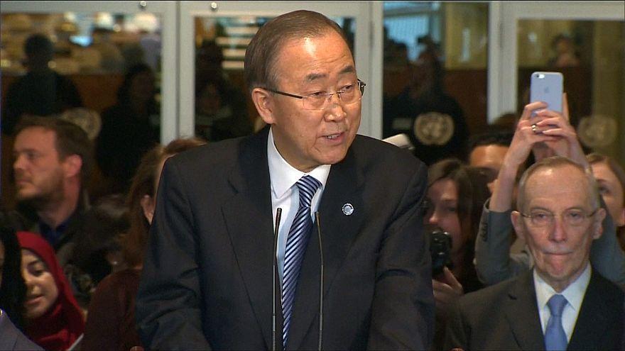 بان كي مون يودع طاقم الأمم المتحدة