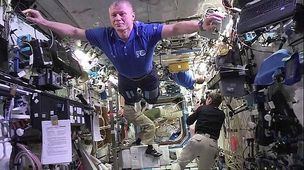 Экипаж МКС снял вирусное видео