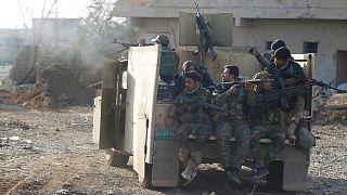 Kampf um IS-Hochburg: Menschen aus Mossul auf der Flucht