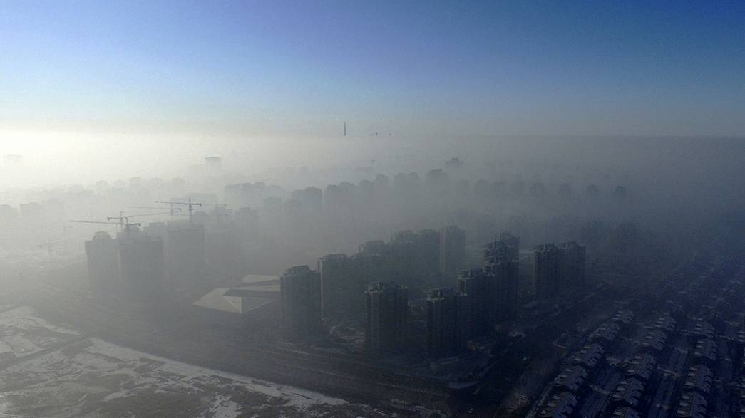 Choking smog begins to clear in China
