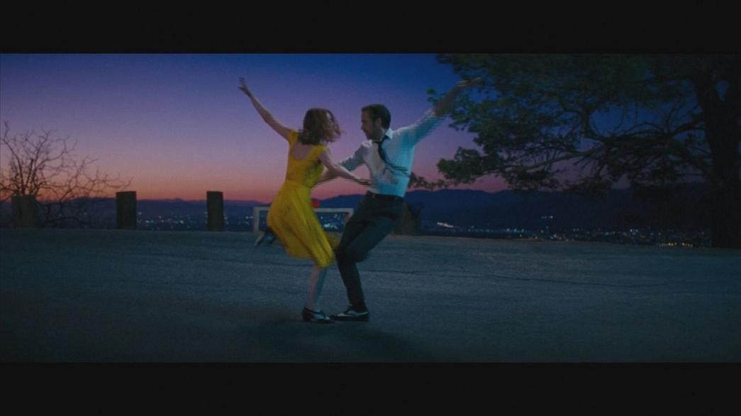 'La La Land' set to dominate Golden Globe awards