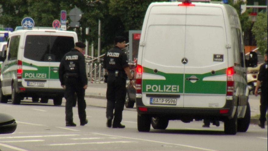 IŞİD'den saldırı hazırlığı için para isteyen Suriyeli mülteci Almanya'da tutuklandı